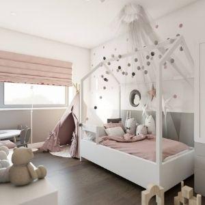 pokój dla dziewczynki z łóżkiem z baldachimem, jak zaprojektować miejsce do zabawy w pokoju dziecięcym
